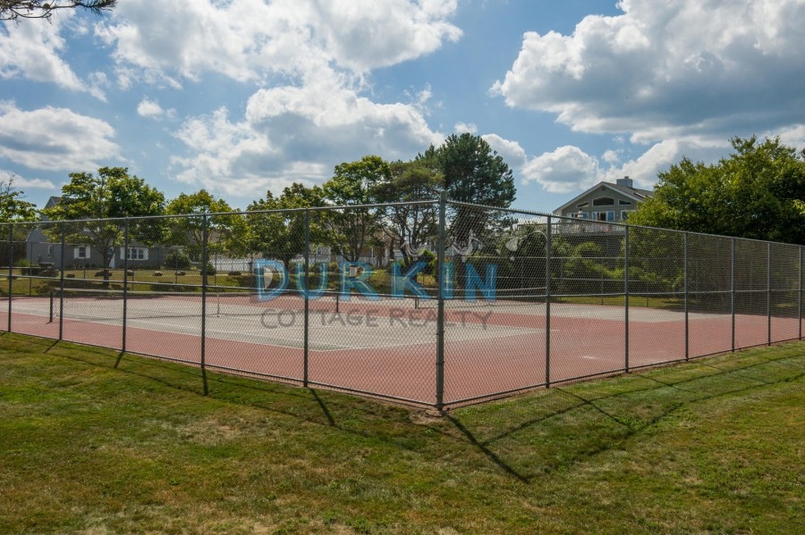 Town tennis courts