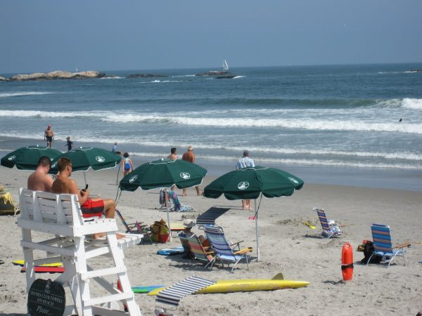 Narragansett beachfront vacation rental