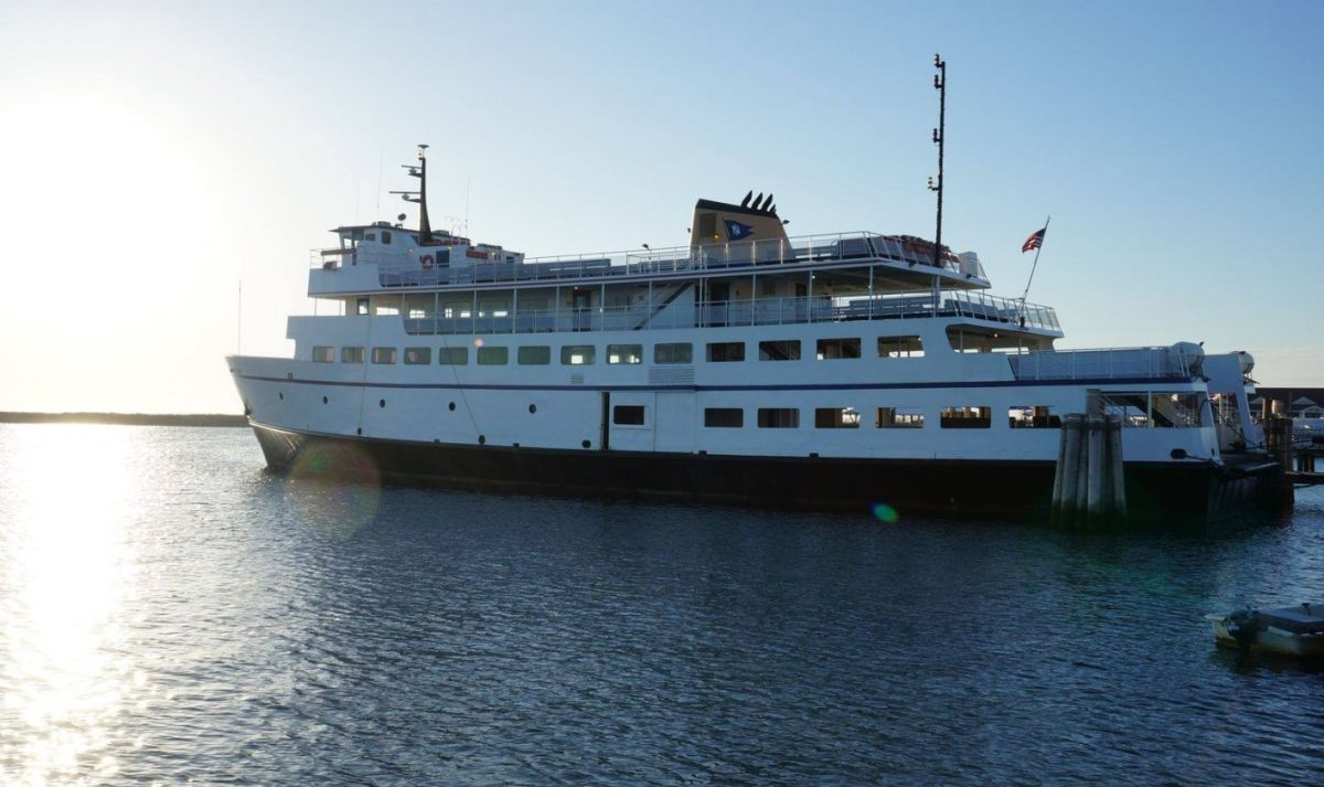 Take the Ferry to Block Island Rhode Island on your Narragansett Vacation