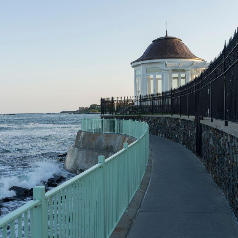 Newport Cliff Walk near Narragansett