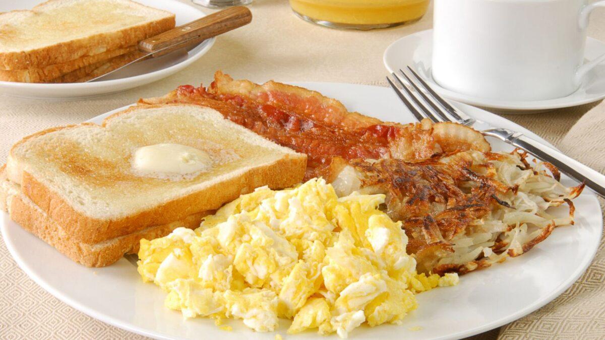 A classic breakfast at a Narragansett breakfast restaurant