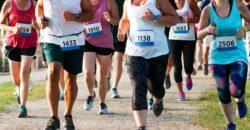 people running a 5k race